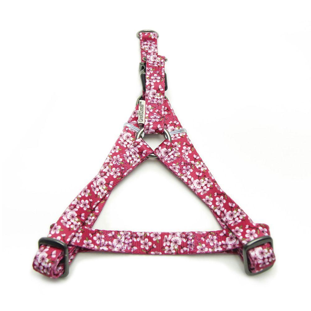 Шлейка для собак Great&Small с цветочным принтом 15мм (обхват 40-50см) розовая