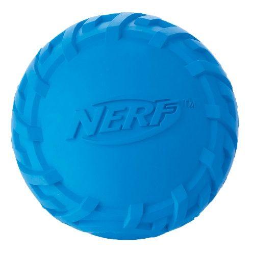 Игрушка для собак NERF Шина Мяч резиновый пищащий 6см цена
